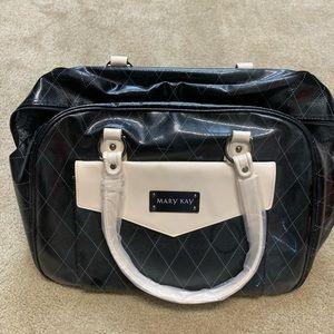Handbags - Beatiful duffel bag